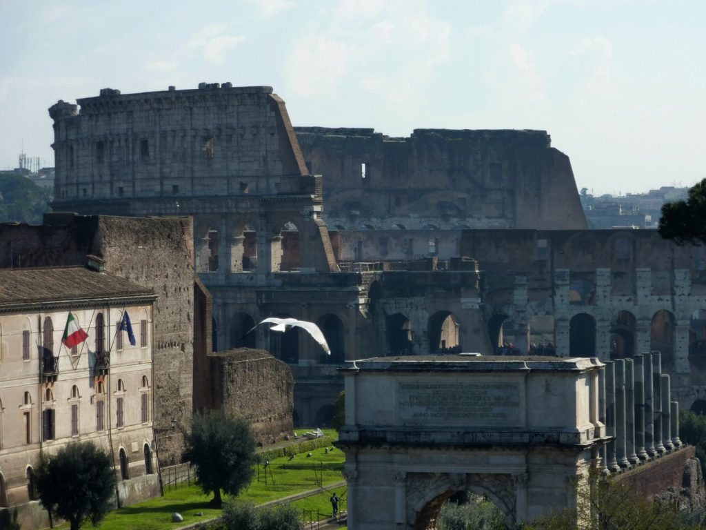 Plan a visit to Rome Colosseum