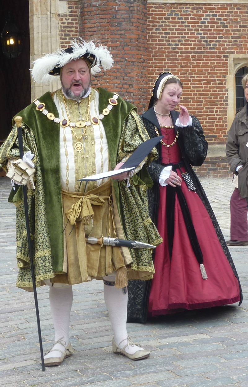 Henry the 8th welcoming us to Hampton Court Palace