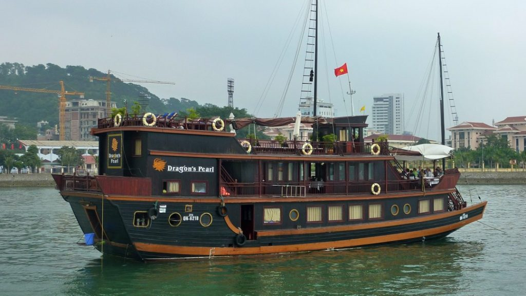 Dragons Pearl Halong Bay boat