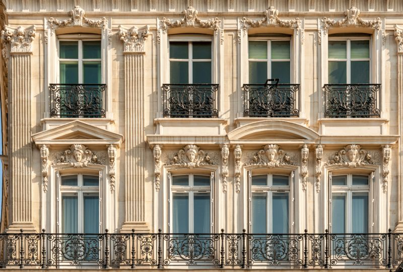 Champs Elysees windows